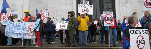 Citizens oppose LNG